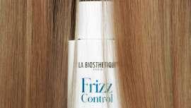 El concepto de cuidado de La Biosthétique con tres productos que calman el cabello rebelde, estabilizan su estructura y aumentan la resistencia frente  a los factores externos