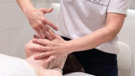 Blauceldona ofrece entre sus servicios este efectivo masaje que su creadora, Silvia Oliete, puso en práctica hace más de 25 años y que sigue siendo uno de los más demandados