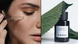 Este sérum de textura sedosa reduce la hiperpigmentación de la piel y la deja uniforme y luminosa. Entre sus potentes ingredientes destaca el bakuchiol