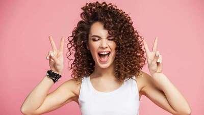Finger coil, la nueva técnica que supermarca los rizos, la más demandada del #Curlygirl