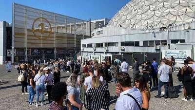 O público regressa em massa à principal feira de França