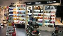 La cadena Bob Hair inaugura Bob Boutique, su tienda número 25 en el CC Plaza de Aluche de Madrid, donde encontrar lo mejor de la peluquería profesional, además de contar con salón de peluquería incorporado y diagnóstico capilar