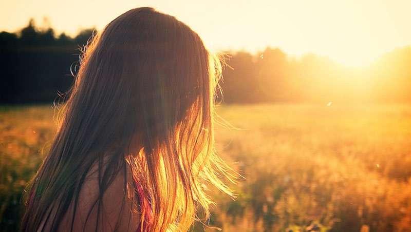 cabello coloreado con camomila