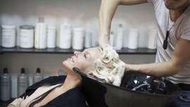 El término formol es uno de los más controvertidos actualmente en el sector de la peluquería. El eslogan 100% libre de formol es utilizado para transmitir la sensación de producto seguro. Sin embargo, poco sabemos de este compuesto químico