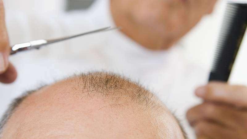 Para los cabellos de la máscara que el aceite es posible para el crecimiento