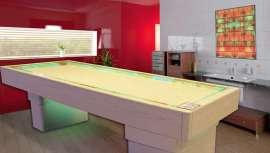 ISO Italia nos propone una cama de sal capaz de ofrecer al profesional diferentes posibilidades de uso (masaje, relajamiento, adelgazamiento)