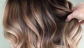 Actualizar el servicio de coloración para cualquier establecimiento resulta muy fácil gracias a los cursos para profesionales de Shatush Class impartidos en Green Hair & Beauty
