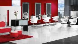 El nombre de la colección, Náutica, hace honor a la imagen de yate que ofrecen el lavacabezas y el sillón de esta gama. Dos modelos que se comercializan, también, en blanco y azul