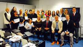El pasado día 30 de noviembre se entregaron los diplomas de especialización en pre y poscirugía estética, en las aulas  del centro de la firma. El doctor Ramón Vila-Rovira impartió un taller especializado en esta materia