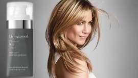 Nuevo y revolucionario producto de Living Proof ideal para cualquier tipo de cabello y que ¡actúa durante la noche! Su efecto consigue un cabello brillante y mucho más manejable