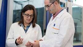 Los resultados de un proyecto evidencian que las nanopartículas incorporadas en los plásticos para la obtención de los envases cosméticos mejoran las propiedades de los mismos