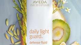 Con factor de protección 30, esta crema contiene derivados minerales y extractos de plantas antioxidantes que actúan contra la sobreexposición solar y otros agentes externos agresivos