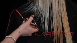 Este nuevo instrumento logra sellar el cabello durante el corte, protegiéndolo frente a la sequedad y la contaminación y manteniéndolo uniforme y brillante. Supondrá un atractivo para atraer a nuevos clientes