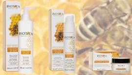 Byothea lanza su nueva línea antiarrugas, compuesta por una crema facial, una crema para el contorno de ojos y otra crema rellenante para el seno y el escote. Están formuladas sin parabenos