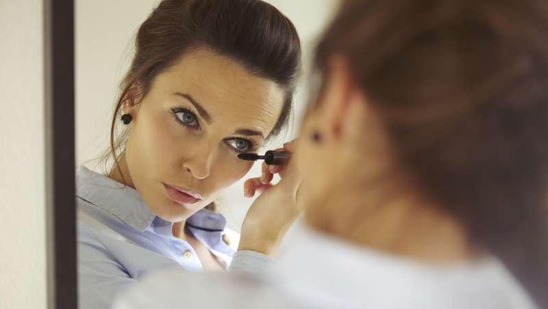 5 consejos para cuidar y maquillar las pesta�as