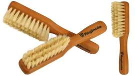 Regincós aumenta su colección de cepillos premium de alta calidad para la barbería. El Fade Brush, pensado para uso profesional, está diseñado para cortes degradados de cabello