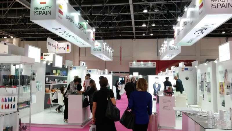exportaciones de cosmeticos a peninsula arabiga