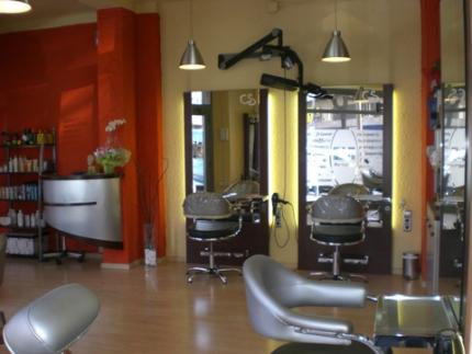 Pin decoracion para peluquerias salones belleza spa for Decoracion de peluquerias
