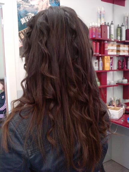 Peinado lisos y ondas.