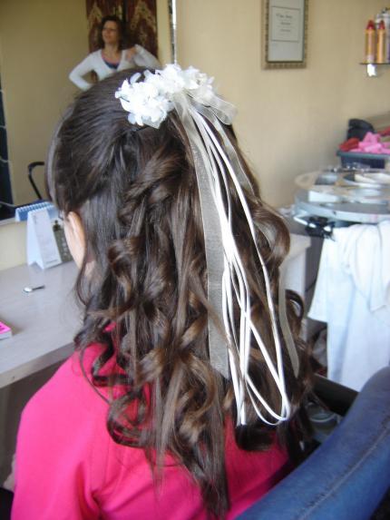 Peinado nina comunion para fotos peluqueria