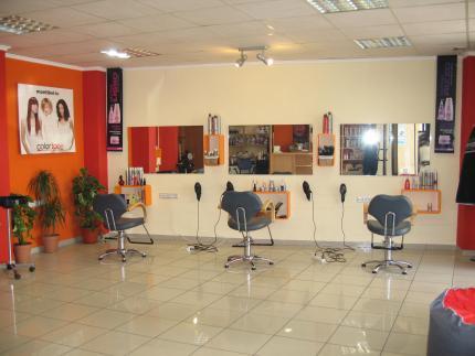 Ideas para decorar una peluqueria finest with ideas para - Como amueblar una peluqueria ...