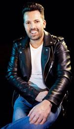 Rafael Bueno, peluquero andaluz del año, participará en Salón Look 2016