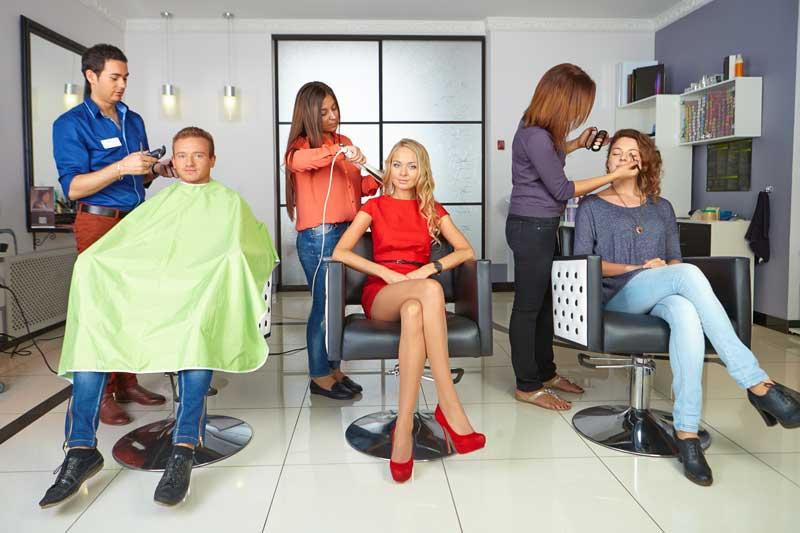 La peluquería se recupera, aunque aún le falta camino por andar