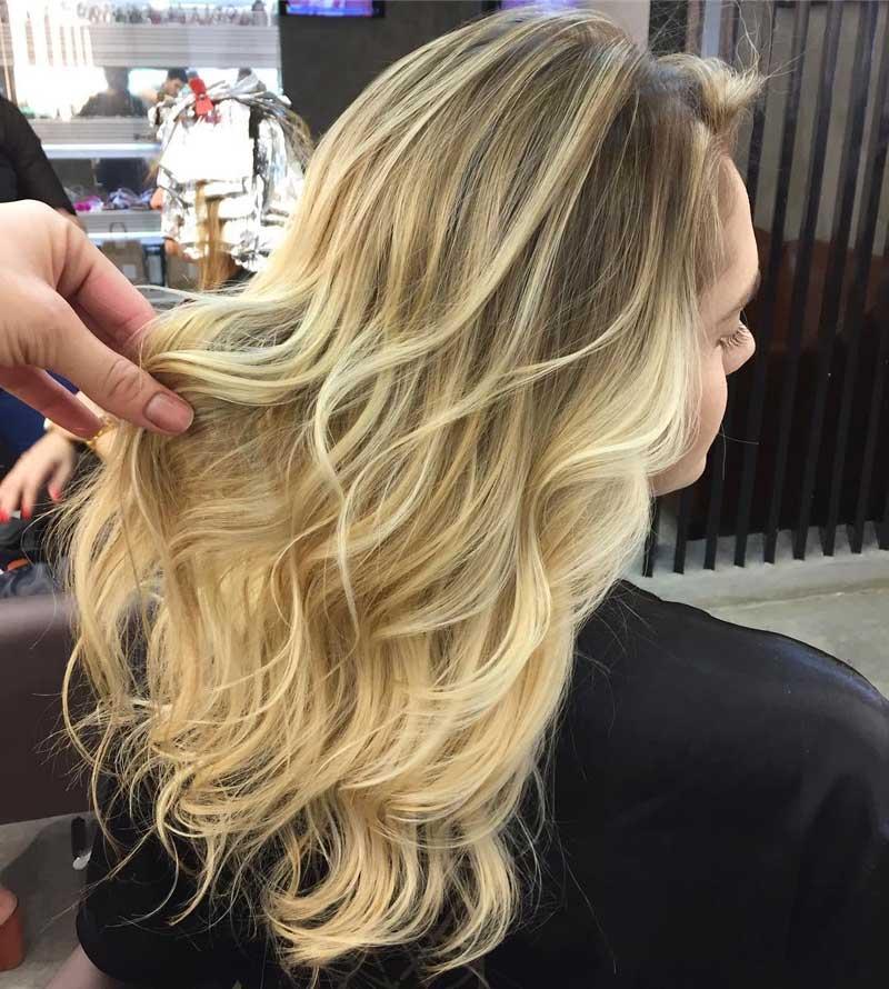 La técnica de coloración hair contouring, visto por el salón Blow Dry Bar