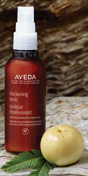 Aveda Thickening Tonic, espray de peinado que aporta cuerpo al cabello