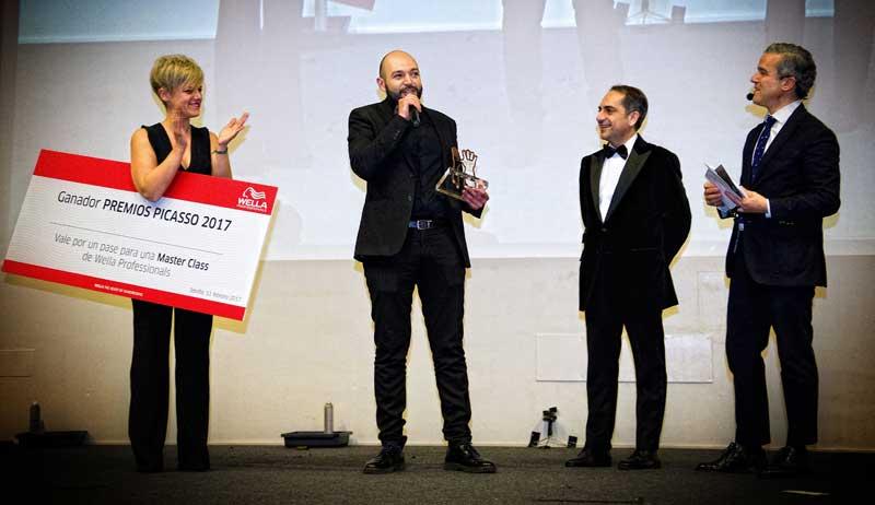 Manuel Cantón, ganador en la categoría de Mejor Peluquero Andaluz del año