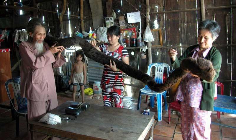 Tran Van Hay, un vietnamita que no se cortó el pelo durante 50 años