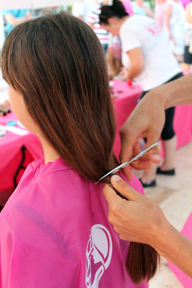 Donar cabello para pacientes en tratamiento oncológico