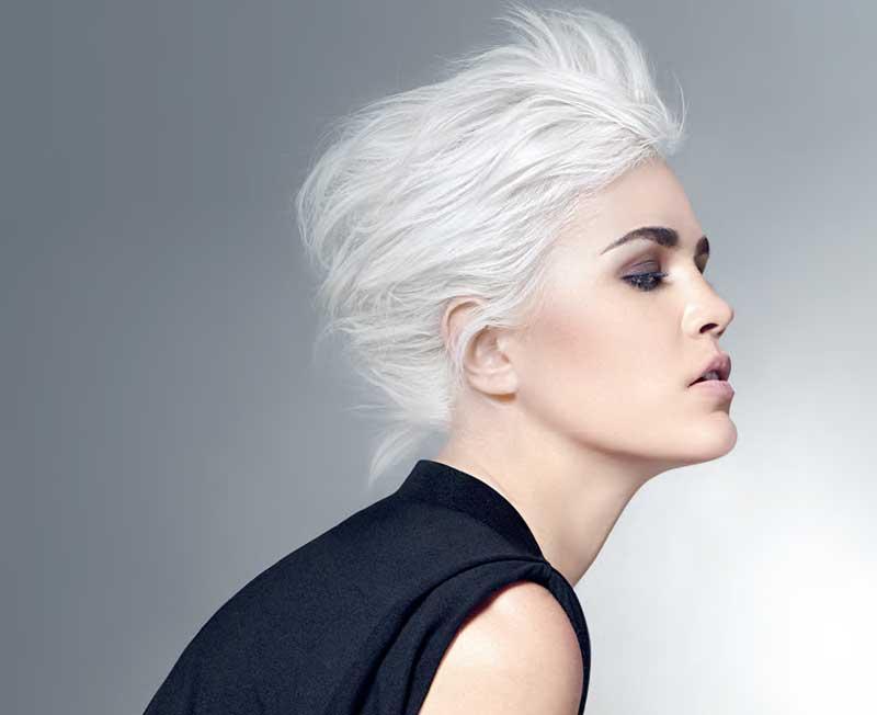 La personalización y el mayor de los cuidados en el aclarado del cabello con Platiblanc Advanced