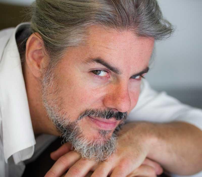 El creador y tenor de la peluquería actual, Manuel Collado, nuevo embajador Tondeo en España