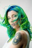 Neonhair, el mundo fantástico y multicolor de Carol Bruguera
