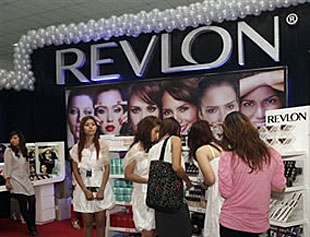 Revlon aumenta beneficios