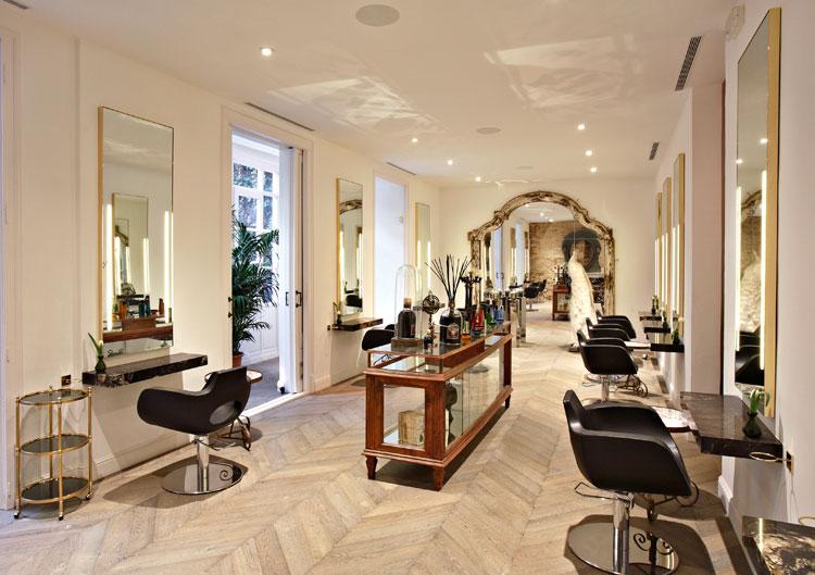 Sal n toro inaugura su sal n insignia en el paseo de - Salones de peluqueria decoracion fotos ...