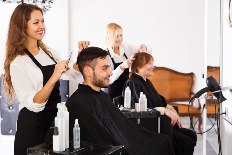 El negocio cae un 34% en las peluquer�as durante los �ltimos tres a�os.