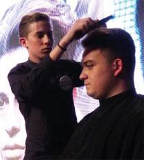 El movimiento Barbers regresa a Thuya Escuela