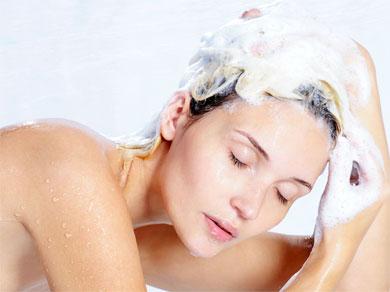 Restablecer el equilibrio del cuero cabelludo sensible.